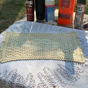 Estate Item - Rectangular Doily 15 x 9